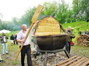 Всенародный фестиваль каши в Кашине @ г. Кашин, городской сад